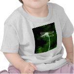 Libélula fantasma verde camiseta