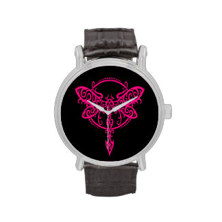 Libélula rosada que remolina en negro relojes de mano