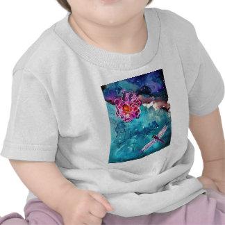 Libélula sobre el agua con la pintura del arte de  camiseta