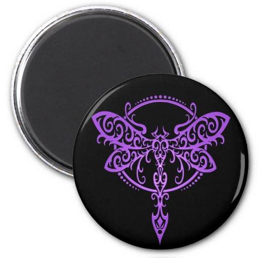Libélula tribal, púrpura y negro imán de nevera