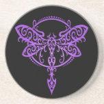 Libélula tribal, púrpura y negro posavasos para bebidas