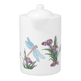 Libélulas y teteras azules del iris
