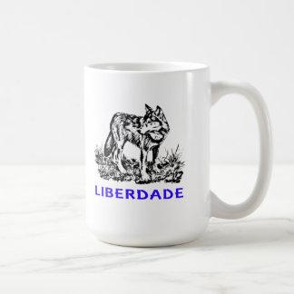 Liberdade - Lobo em estado selvagem Taza De Café