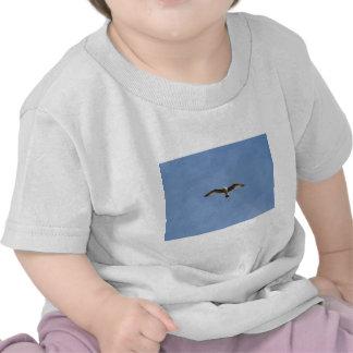 Libere como pájaro camiseta