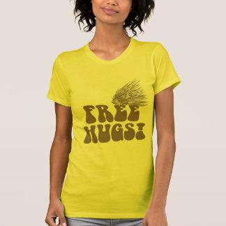 Libere el amor del puerco espín de los abrazos camisetas