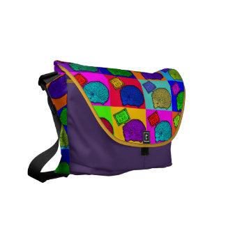 Libere el arte pop colorido del erizo de los abraz bolsa de mensajeria