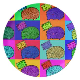 Libere el arte pop colorido del erizo de los abraz platos