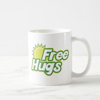 Libere la novedad de los abrazos taza básica blanca
