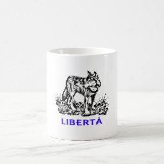 Libertà - Lupo allo stato selvatico Coffee Mug
