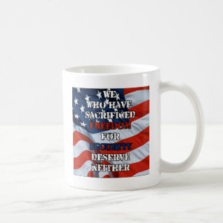 Libertad contra seguridad tazas de café