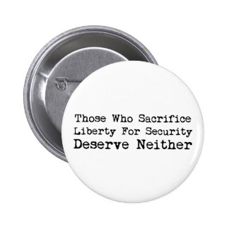 Libertad del sacrificio para el botón de la seguri pins