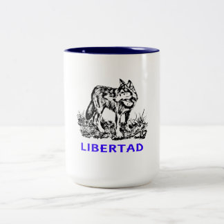 Libertad - Lobo EN la naturaleza Coffee Mug