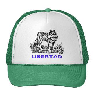 Libertad - Lobo EN la naturaleza Trucker Hat