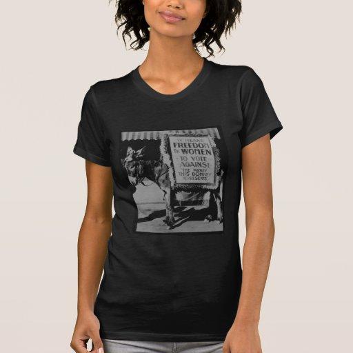 ¡Libertad para las mujeres! Camisetas