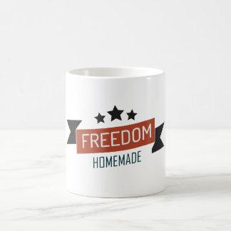 Libertad - versión hecha en casa taza clásica