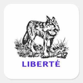 Liberté - Loup dans la nature sauvage vago cerda Pegatina Cuadrada