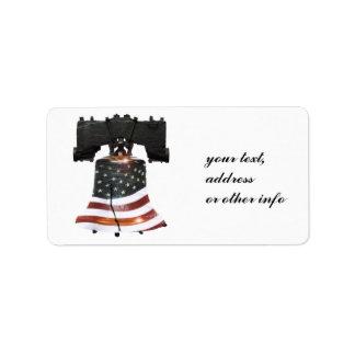 Liberty Bell con la bandera americana Etiquetas De Dirección