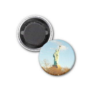 liberty statue lady 1 inch round magnet