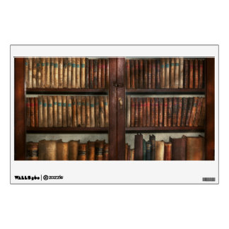 Librarian - In the library Room Graphic