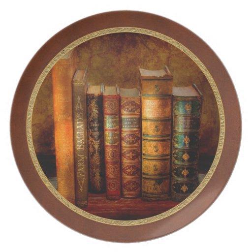Librarian - Writer - Antiquarian books Dinner Plate