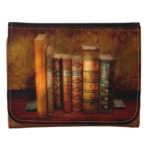 Librarian - Writer - Antiquarian books Leather Trifold Wallets
