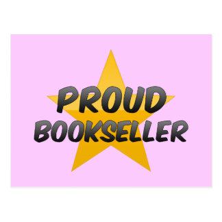 Librero orgulloso tarjetas postales
