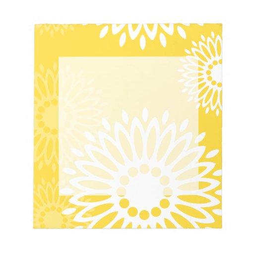 Libreta amarilla de las flores del verano bloc de papel