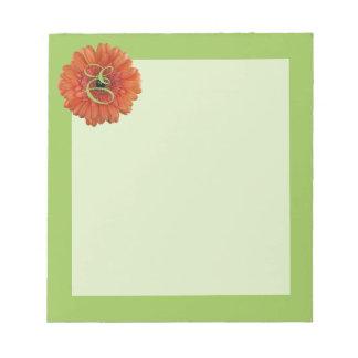 Libreta anaranjada del verde de la margarita del G Bloc De Notas