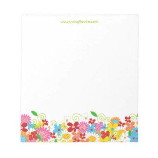 Libreta caprichosa colorida del jardín de flores blocs