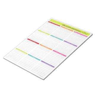 Libreta colorida de la lista de compras bloc de notas