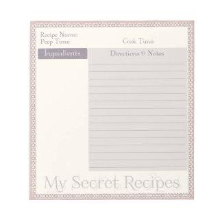 Libreta de la receta en modelo de color de malva d libreta para notas