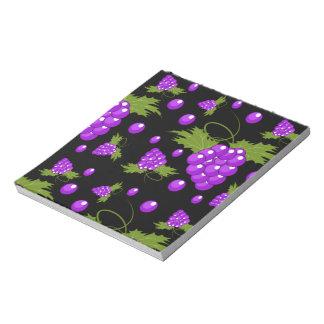 libreta negra y púrpura de la vid de uva blocs de notas