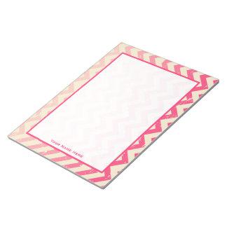 Libreta personalizada zigzag rosado agrietado de O Blocs