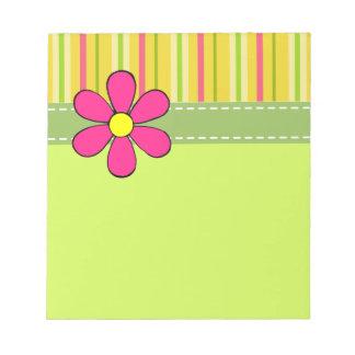 Libreta retra del verde de la margarita libreta para notas