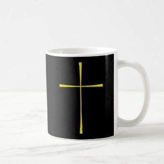 Libro de la cruz de la oración común taza de café