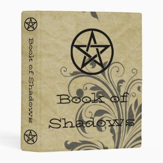 Libro de las brujas de las vides viejas del mini carpeta