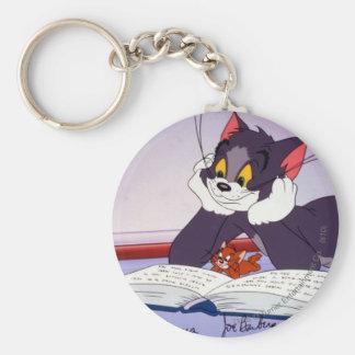 Libro de lectura de Tom y Jerry dedicado Llavero Redondo Tipo Pin
