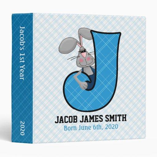"""Libro de recuerdos azul del bebé del monograma """"J"""" Carpeta 1 1/2"""""""