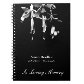 Libro de visitas floral fucsia del monumento de la cuadernos