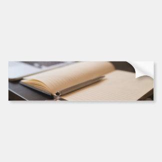 libro pegatina para auto