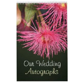 Libro rosado del autógrafo del boda de la flor del calendarios