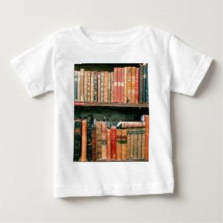 Libros antiguos playera de bebé