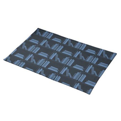 Libros azul marino en estante manteles individuales