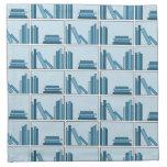 Libros azules en estante servilletas