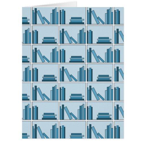 Libros azules en estante tarjeta