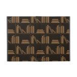 Libros de Brown oscuro en estante iPad Mini Fundas