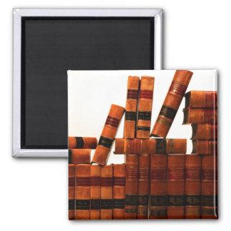 Libros de cuero antiguos imán cuadrado