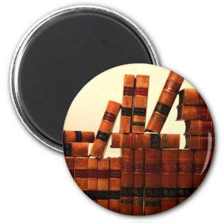 Libros de cuero antiguos imán redondo 5 cm