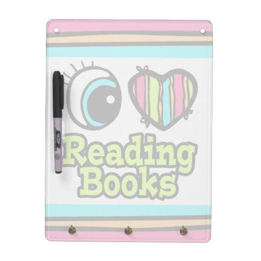 Libros de lectura brillantes del amor del corazón  pizarras