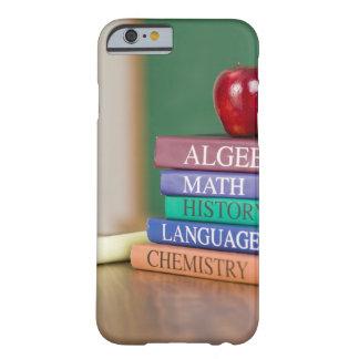 Libros de texto y 2 funda para iPhone 6 barely there